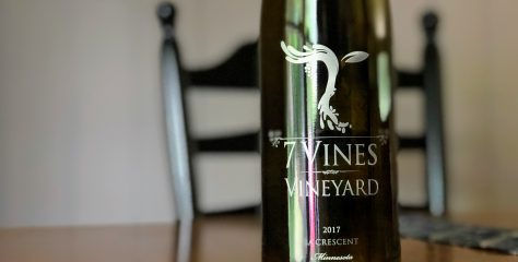 REVIEW: 7 Vines Vineyard 2017 La Crescent