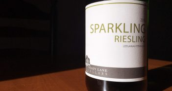REVIEW: Shady Lane Cellars 2016 Sparkling Riesling