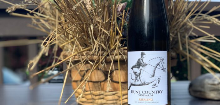 [REVIEW] Hunt Country Vineyards 2017 Reserve Riesling